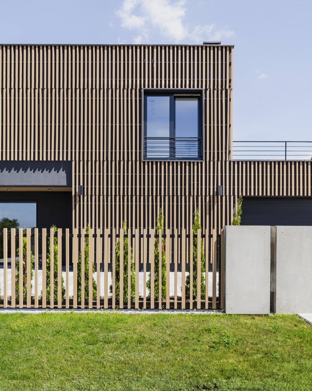 Elewacja drewniana domu nowoczesnego