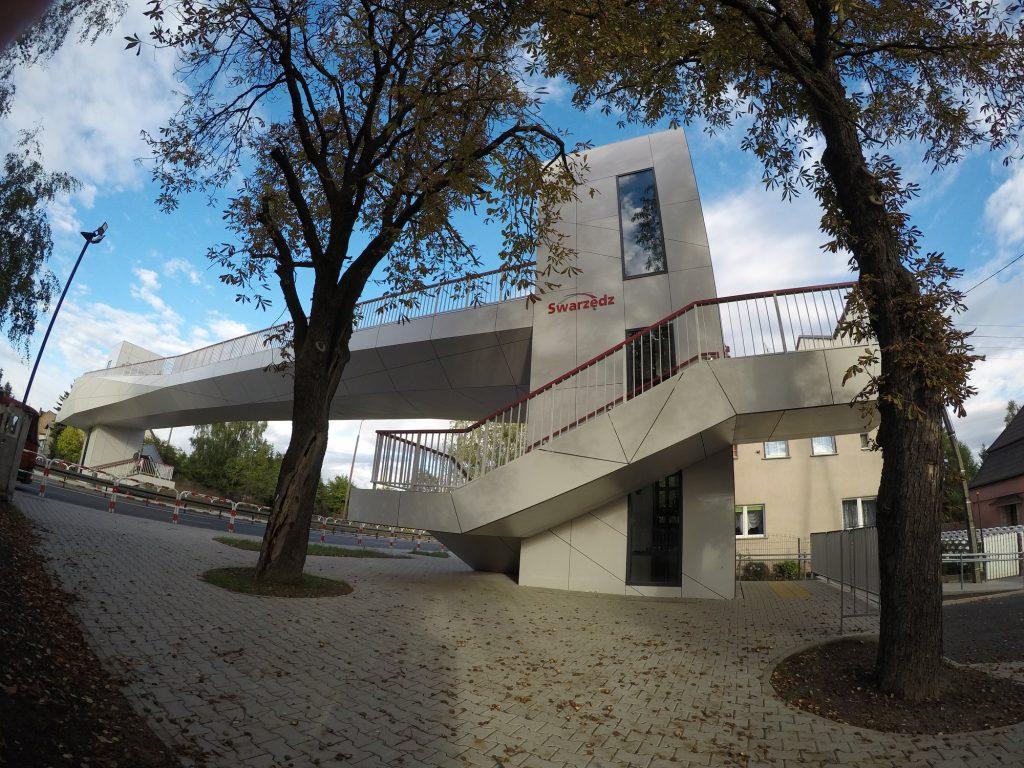 Kładka piesza Swarzędz ZONA Architekci - widok nawindę